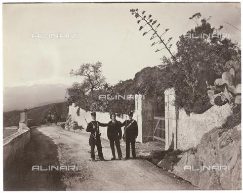 GWA-F-000519-0000 - Gendarmes - Data dello scatto: 1900 ca. - Archivi Alinari, Firenze