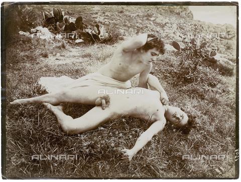 GWA-F-000916-0000 - Portrait of two boys - Data dello scatto: 1900 ca. - Archivi Alinari, Firenze