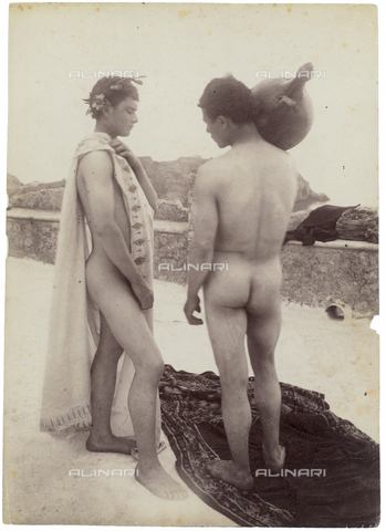GWA-F-000940-0000 - Two nude boys on a terrace - Data dello scatto: 1900 ca. - Archivi Alinari, Firenze