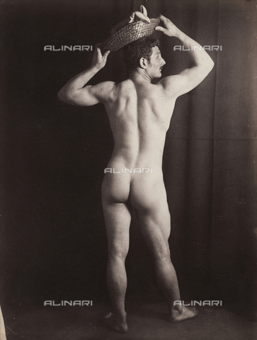 GWA-F-001051-0000 - Male nude - Data dello scatto: 1900 ca. - Archivi Alinari, Firenze