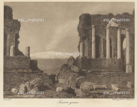 GWA-F-001062-0000 - Greek Theatre of Taormina - Data dello scatto: 1900 ca. - Archivi Alinari, Firenze
