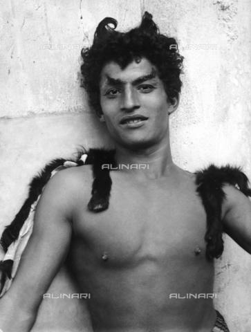 GWN-F-001241-0000 - Portrait of a youth dressed as a satyr - Data dello scatto: 1895 - 1905 - Archivi Alinari, Firenze