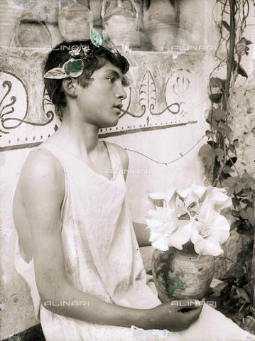 GWN-F-001747-0000 - Young Sicilian - Data dello scatto: 1890 ca. - Archivi Alinari, Firenze