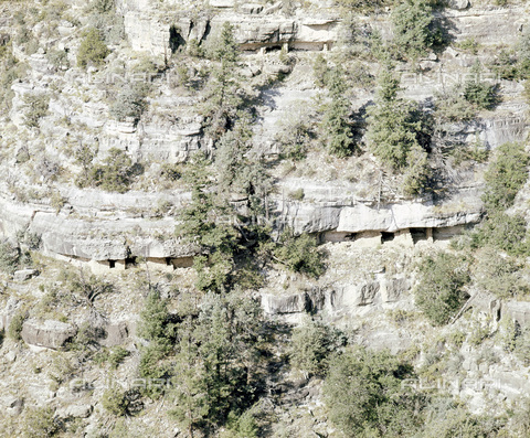 HIP-S-000233-0323 - Walnut Canyon, Pueblo settlement, Native American, Arizona, USA, 1000-1400. Two hundred small cliff dwellings were built in the canyon by Pueblo Indians - Werner Forman Archive / Heritage Images /Alinari Archives, Florence
