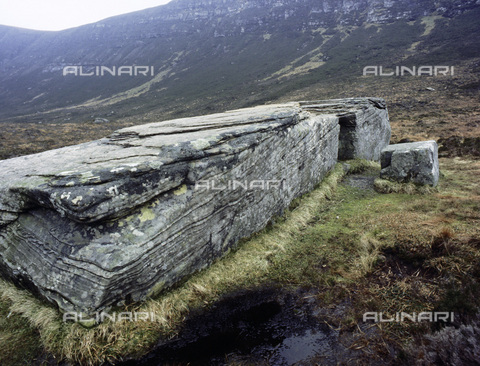 HIP-S-000233-0364 - The Dwarfie Stane, Hoy, Orkney, Scotland. Thought to be a Neolithic or Bronze Age tomb or perhaps an anchorite's dwelling - Werner Forman Archive / Heritage Images /Alinari Archives, Florence