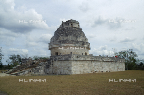 HIP-S-000235-6960 - The 'Observatory' or 'El Caracol' (the snail), Chichen Itza, Yucatan, Mexico, Maya, 900-1200. Situated in the 'old Chichen' part of the city, this building takes its first name from the presumed function in Maya times and its second from the internal spiralling staircase - Heritage Images /Alinari Archives, Florence, Werner Forman Archive/ N.J.Saunders