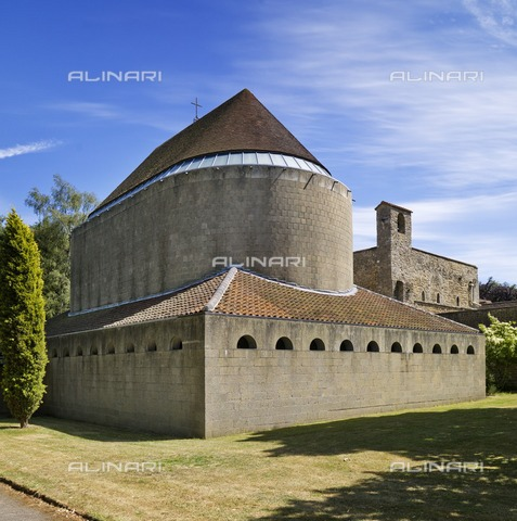 HIP-S-000266-7927 - Church of the Resurrection, Malling Abbey, West Malling, Kent, 2011 - Data dello scatto: 2011 - Historic England Archive / Heritage Images /Alinari Archives, Florence