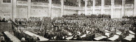 IIB-S-091717-0355 - The photo dipicts the last session of the old tsarist Duma - Date of photography: 04/1917 - Library of Fratelli Alinari Museum of the History of Photography, Florence