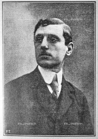 """IIB-S-092226-739A - The historian and museologist Giovanni Poggi (1880-1961), member of the Executive Commission of the Italian Painting Exhibition of the seventeenth and eighteenth centuries at Palazzo Pitti. Photograph taken from the magazine """"L 'Illustrazione italiana"""" of 25 June 1922, n. 26, page 739 - Date of photography: 1921-1922 - Library of Fratelli Alinari Museum of the History of Photography, Florence"""