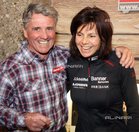 IMA-F-011330-0000 - Mountaineers Peter Habeler and Gerlinde Kaltenbrunner during the 2013 Alpine Ski World Championships that took place in Schladming - Data dello scatto: 2013 - Votava / Imagno/Alinari Archives