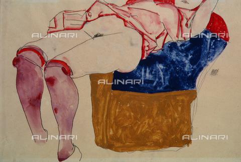 IMA-F-139468-0000 - Donna nuda con calze su poltrona, acquerello di Egon Schiele conservato in collezione privata - Imagno/Archivi Alinari