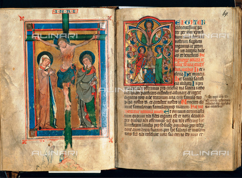 IMA-F-434358-0000 - The Canon and Roman and the initial of the Te Igitur in the Missal Codex of Marbach III 205 A Folio 68 v and 69 r 1306 preserved in the Monastery Library of Augustiner Chorherren in St. Florian - Gerhard Trumler / Imagno/Alinari Archives