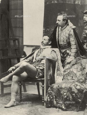 IMA-F-621172-0000 - Franz Matsch (seated) and Ernst Klimt, brother of the painter Gustav Klimt, costumed portraits - Data dello scatto: 1886 ca. - Austrian Archives / Imagno/Alinari Archives