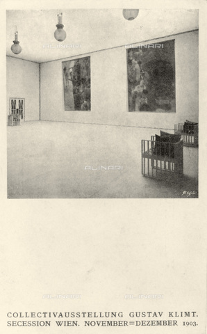 IMA-F-621297-0000 - Exhibition hall designed by Kolo Moser (1868-1919) for the eighteenth exhibition of the Vienna Secession occurred in 1903. On the walls are paintings by Gustav Klimt depicting Medicine and Philosophy, works go destroyed during a fire at Immendorf Castle in 1945 - Data dello scatto: 1903 - Austrian Archives / Imagno/Alinari Archives