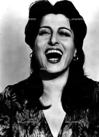 INT-F-100049-0000 - Anna Magnani, 1955 - Data dello scatto: 1955 - Archiv Friedrich / Interfoto/Archivi Alinari