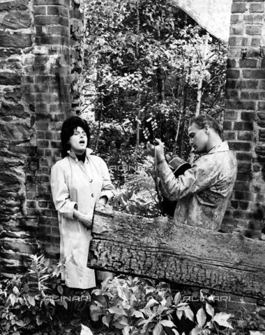 """INT-F-113922-0000 - Anna Magnani e Marlon Brando in una scena del film """"Pelle di serpente"""", regia di di Sidney Lumet, Stati Uniti 1959 - Data dello scatto: 1959 - Archiv Friedrich / Interfoto/Archivi Alinari"""