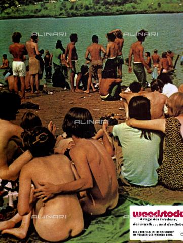 """INT-F-215662-0000 - Scena del Film """"Woodstock"""" (Woodstock - Le Giornate della pace e della Musica), USA 1969, regia di Michael Wadleigh - Data dello scatto: 1969 - Archiv Friedrich / Interfoto/Archivi Alinari"""
