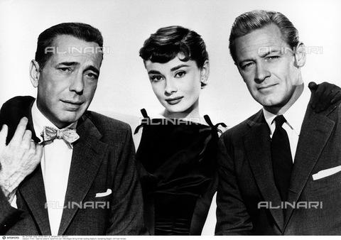 """INT-F-251088-0000 - Film """"Sabrina"""", USA 1954, regista: Billy Wilder, nella foto gli attori Humphrey Bogart, Audrey Hepburn e  William Holden (commedia, capelli corti) - Data dello scatto: 1954 - Archiv Friedrich / Interfoto/Archivi Alinari"""