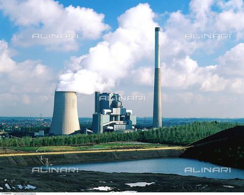 INT-F-467396-0000 - Energia - Centrale a carbone - Data dello scatto: 2003 circa - Interfoto/Archivi Alinari