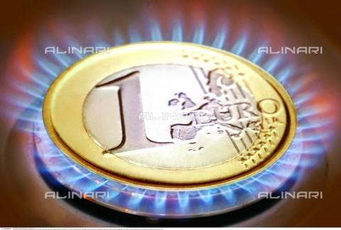 INT-F-586477-0000 - Fotografia simbolica sul prezzo del gas - Data dello scatto: 2003 circa - Interfoto/Archivi Alinari