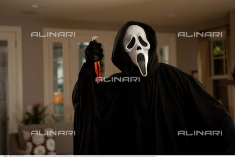"INT-F-795735-0000 - The actor Dane Farwell in a scene taken from the film ""Scream 4"" of 2011, directed by Wes Craven - Data dello scatto: 2011 - NG Collection / Interfoto/Alinari Archives"