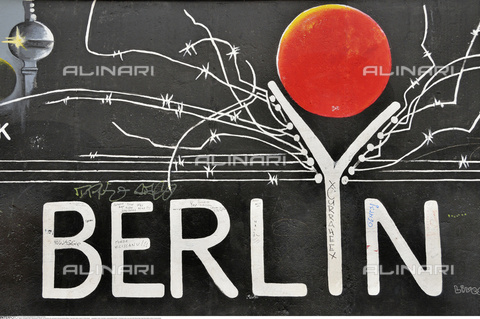 "INT-S-000112-4338 - ""Berlyn"", graffiti by Gerhard Lahr on the remains of the Berlin Wall, East Side Gallery, Friedrichshain district - Fabian von Poser / Interfoto/Alinari Archives"