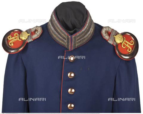 INT-S-003411-7951 - Giacca per ufficiale del Reggimento Granatieri, Prussia - HERMANN HISTORICA GmbH / Interfoto/Archivi Alinari