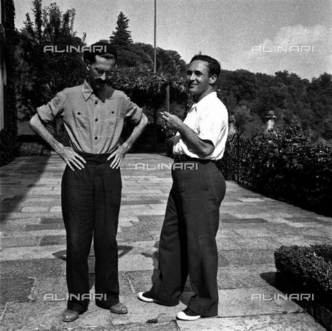 LAA-F-000292-0000 - The film director Mario Soldati shown together with Mario Bonfantini - Data dello scatto: 1942 -1951 ca. - Archivi Alinari, Firenze