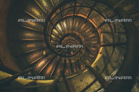 LCA-F-005085-0000 - Scala a spirale - Quint Lox / Liszt Collection/Archivi Alinari