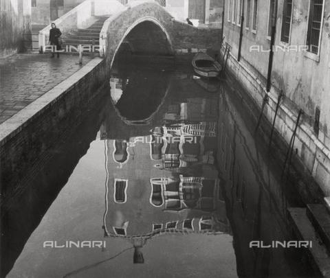 LFA-F-000022-0000 - A Canal in Venice