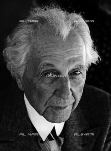 LFA-F-000061-0000 - L'architetto Frank Lloyd Wright (1867–1959) ritratto durante la sua visita a Venezia - Data dello scatto: 1950 ca. - Archivi Alinari, Firenze