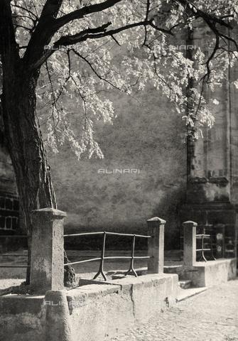 """LFA-F-000117-0000 - """"Motivo per decorazione"""" scorcio di Venezia - Data dello scatto: 1950 ca. - Archivi Alinari, Firenze"""