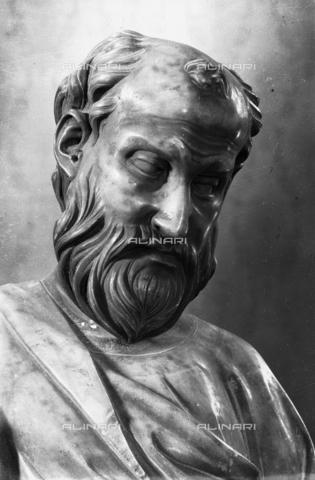 LFA-S-00000H-0203 - Statua di San Marco (particolare del volto), Torcello, Venezia - Data dello scatto: 1950 ca. - Archivi Alinari, Firenze