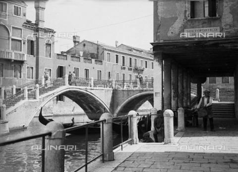 LFA-S-0000B1-0003 - Veduta animata di Venezia - Data dello scatto: 1945 ca. - Archivi Alinari, Firenze