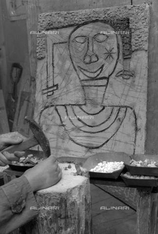 LFA-S-0000O1-0070 - Istituto d'Arte di Venezia: un mosaico realizzato da uno dei ragazzi della scuola - Data dello scatto: 1945 ca. - Raccolte Museali Fratelli Alinari (RMFA)-archivio Leiss, Firenze