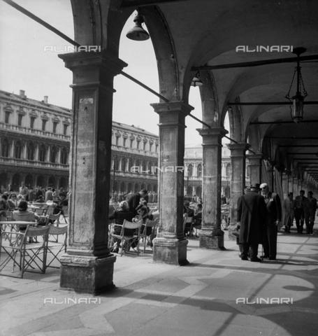 LFA-S-0000S1-1458 - Le Procuratie Nuove in Piazza San Marco a Venezia