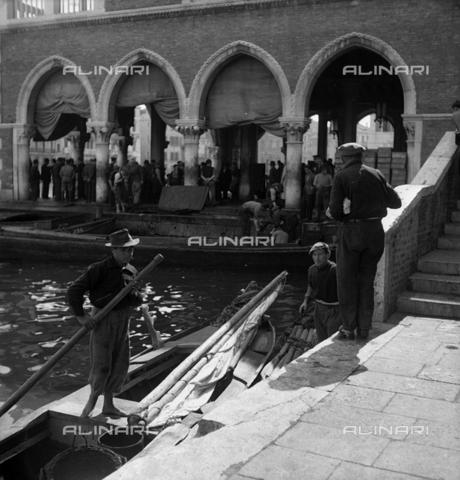 LFA-S-0000S2-0449 - Rialto Fish Market in Venice