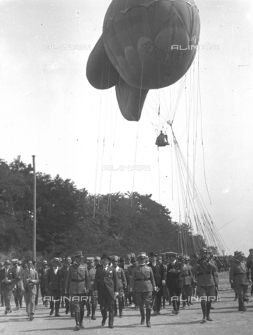 LLA-S-000MM1-0001 - Benito Mussolini (1883-1945) alle manovre terrestri in Abruzzo - Data dello scatto: 1926 - Archivio Luigi Leoni / Archivi Alinari