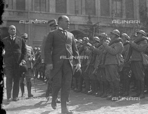 LLA-S-000MM1-0004 - Benito Mussolini (1883-1945) alle manovre terrestri in Abruzzo - Data dello scatto: 1926 - Archivio Luigi Leoni / Archivi Alinari