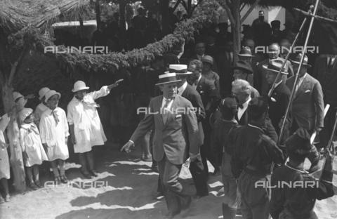 LLA-S-000MM8-0001 - Benito Mussolini (1883-1945) in visita alle colonie marine - Data dello scatto: 01/06/1926-31/08/1926 - Archivio Luigi Leoni / Archivi Alinari