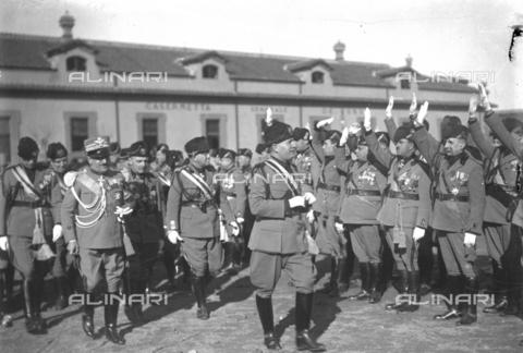 LLA-S-00MM32-0001 - Benito Mussolini (1883-1945) durante la celebrazione dell'anniversario della nascita della Milizia volontaria per la sicurezza nazionale - Data dello scatto: 14/01/1928 - Archivio Luigi Leoni / Archivi Alinari