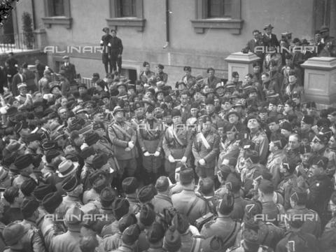LLA-S-00MM35-0001 - Benito Mussolini (1883-1945) inaugura il comando generale della milizia nel quartiere Parioli - Data dello scatto: 1928 - Archivio Luigi Leoni / Archivi Alinari