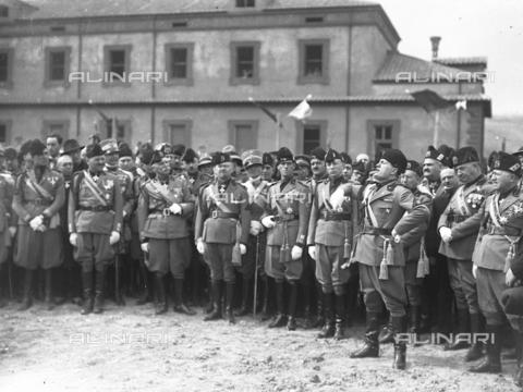 LLA-S-00MM35-0004 - Benito Mussolini (1883-1945) inaugura il comando generale della milizia nel quartiere Parioli - Data dello scatto: 1928 - Archivio Luigi Leoni / Archivi Alinari