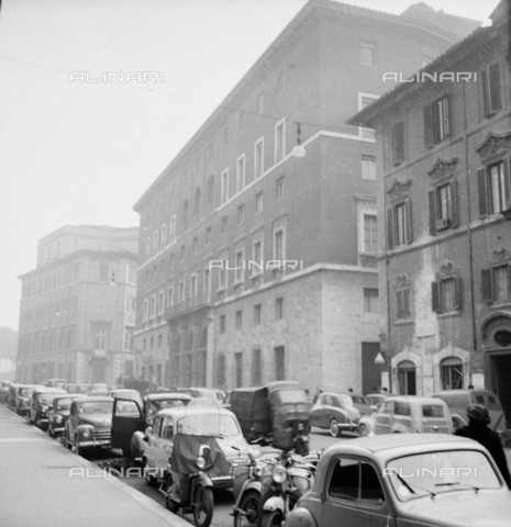 "LLA-S-00X777-0003 - The headquarters of the Communist Party called ""Bottegone"" in via delle Botteghe Oscure in Rome - Data dello scatto: 21/02/1956 - Luigi Leoni Archive / Alinari Archives"