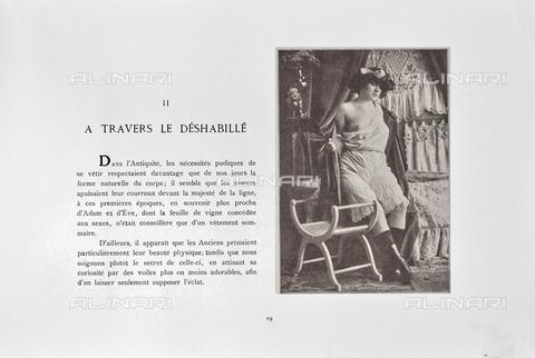 """LVQ-L-000215-P019 - Page with photograph of Woman with breast discovered, from the dossier """"Le Deshabillé documentaire. Etude artistique Illustrée de Cent compositions photographiques d'après Nature"""", 2 Fascicule, J. B. de la Hoà¼e, Nouvelle Librairie Artistique 7-9 Rue de la Boà«tie, Paris - Date of photography: 1900-1910 ca. - Fratelli Alinari Museum Collections, Florence"""