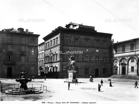 MAA-F-001699-0000 - Equestrian monument to Ferdinando I, Piazza Santissima Annunziata, Florence