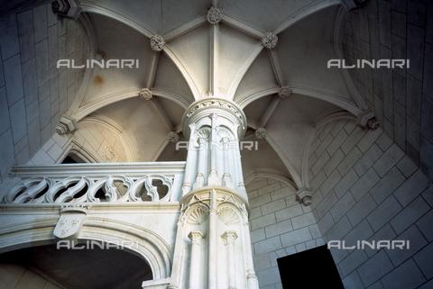 MBA-F-015700-0000 - Il Castello di Chaumont, veduta dello scalone dell'ala sud-ovest - Florian Monheim / Bildarchiv Monheim / Archivi Alinari