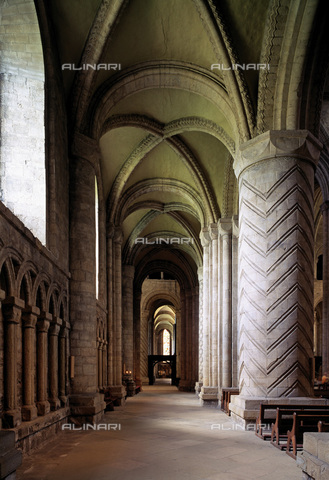 MBA-F-022908-0000 - Interior of Durham Cathedral - Data dello scatto: 01/03/2006 - Florian Monheim / Bildarchiv Monheim / Alinari Archives