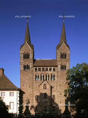 MBA-F-023306-0000 - Facciata ovest della chiesa di San Veit (San Vito) dell'abbazia di Corvey vicino Hoxter - Jochen Helle / Bildarchiv Monheim / Archivi Alinari