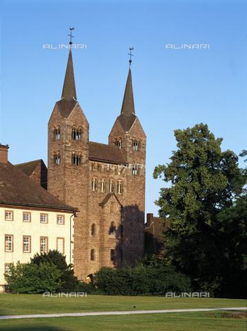 MBA-F-023308-0000 - Facciata ovest della chiesa di San Veit (San Vito) dell'abbazia di Corvey vicino Hoxter - Jochen Helle / Bildarchiv Monheim / Archivi Alinari